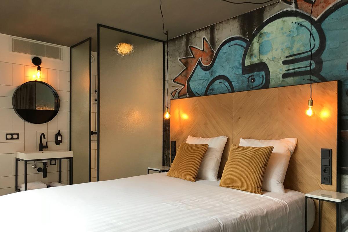 thematch_hotelroom_3_web