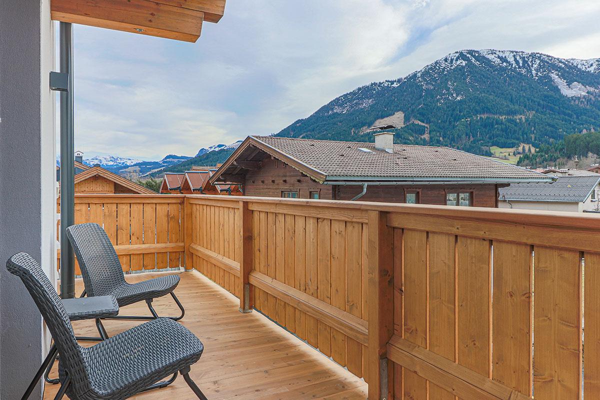 Brixen im Thale balkon view